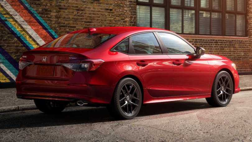 A 36 mm increase in wheelbase promises to free up more rear seat space in the 2022 Honda Civic. Image: Honda