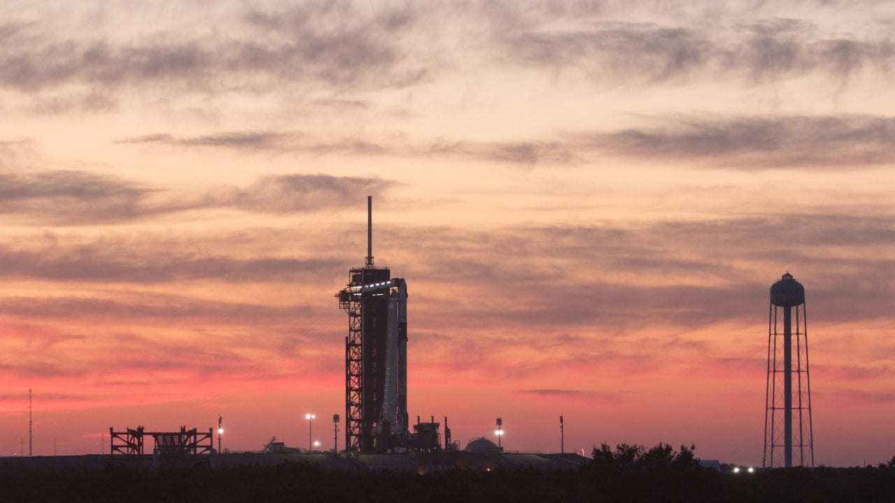 SpaceX gets ready for launch of third ISS crew mission after postponing it due to bad weather- Technology News, Gadgetclock