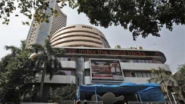 Sensex drops over 150 points in opening trade; index majors HDFC Bank, Reliance Industries track losses-Business News , GadgetClock