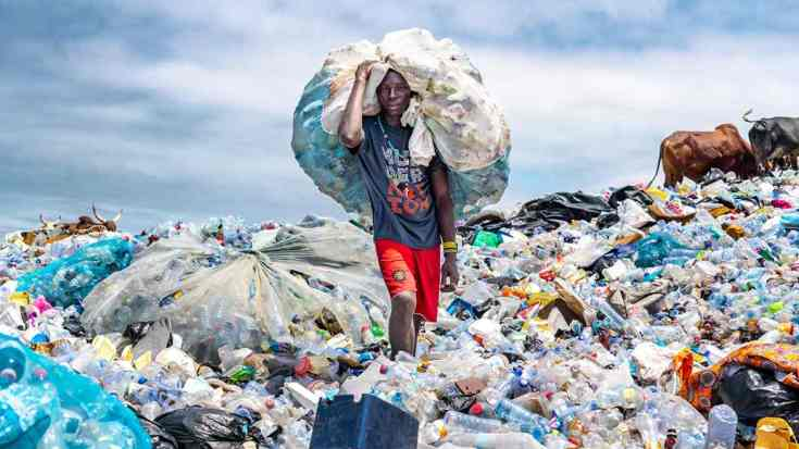 It will provide a platform that unites multiple stakeholders under the common goal of eliminating the leakage of plastic waste into our environment. Photo by Muntaka Chasant (Ghana)