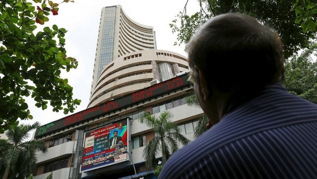 Sensex tanks over 400 points in early trade; Infosys, Tech Mahindra, TCS among gainers