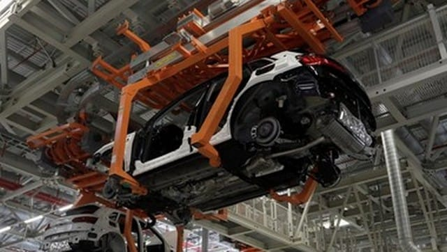 COVID-19 second wave derailed recovery momentum of Indian auto industry, says ICRA report-Business News , GadgetClock