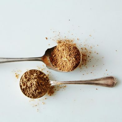 N. 10 - Yemen (Ginger, Cinnamon & Allspice) & No. 14 - Sri Lanka (Chinese Five-Spice)