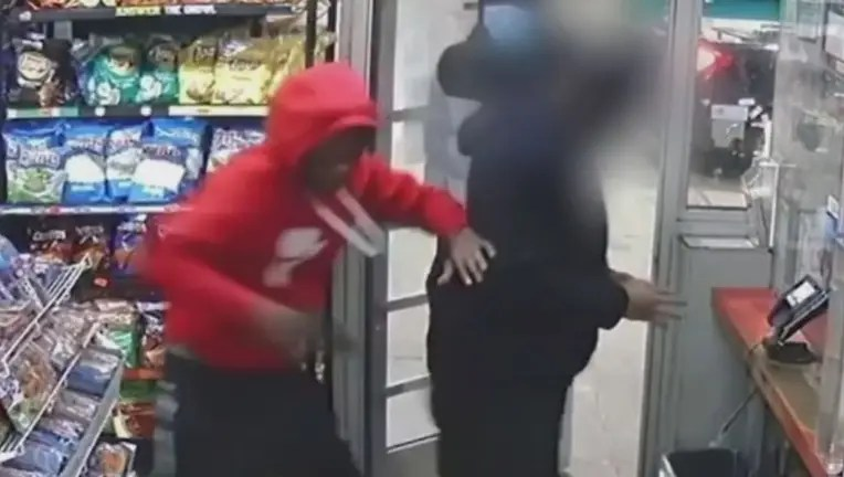 WATCH:On camera thief steals man's gun, points it at him and flees gas station