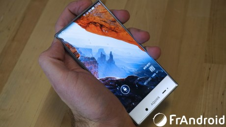 Sharp-Aquos-Crystal07