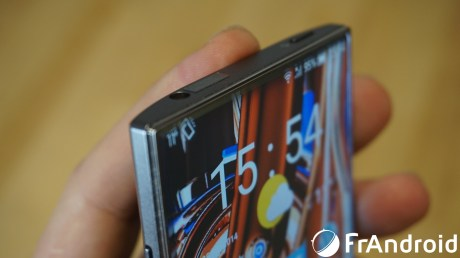 Sharp-Aquos-Crystal12