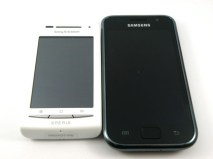 Sony-Ericsson-Xperia-X8-compa