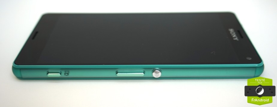 Sony-Xperia-Z3-Compact-vert-deau-08
