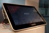 msi-tablet11-hands