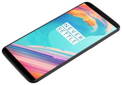 oneplus5t-frontlaying