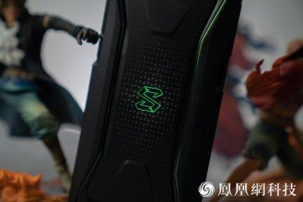 Xiaomi-blackshark-phone-11