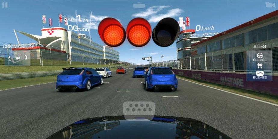Xiaomi Redmi 5 screen_com.ea.games.r3_row