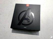OnePlus 6 Avengers boite