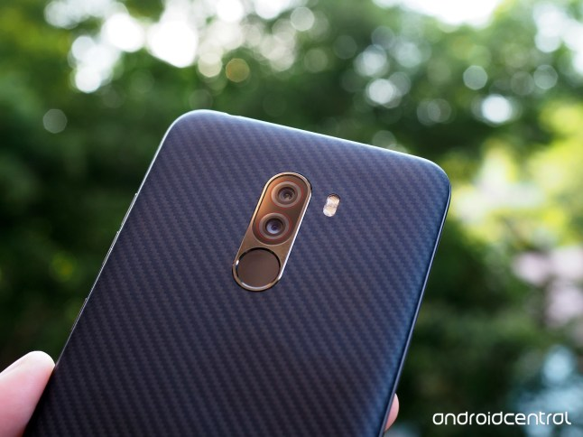 Android Central Pocophone (2)