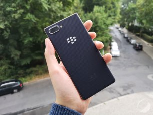 blackberry-key2-le-ifa-2018-15