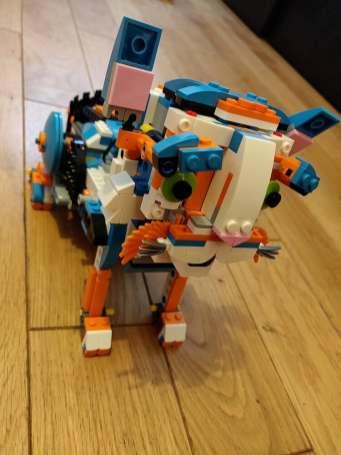 Lego Legoboost cat 3