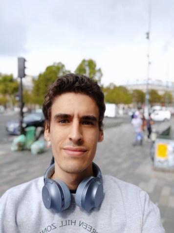 Pocophone F1 selfie portrait (1)
