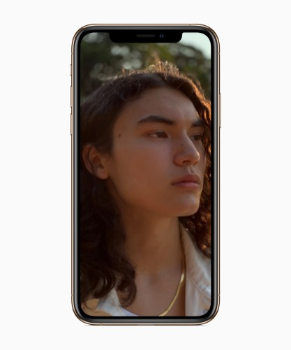 Apple-iPhone-Xs-selfie-2-09122018