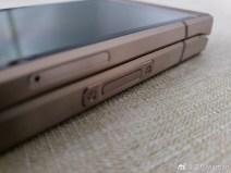 Samsung W2019 b