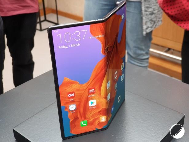 Huawei Mate X pem 4