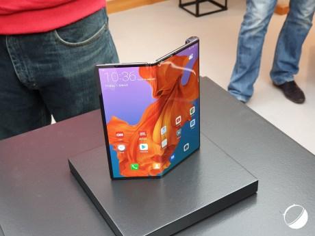 Huawei Mate X pem