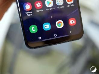 Samsung Galaxy A50 menton