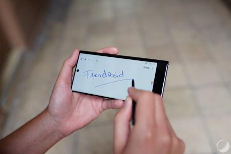 c_Samsung Galaxy Note 10 - FrAndroid - DSC01285
