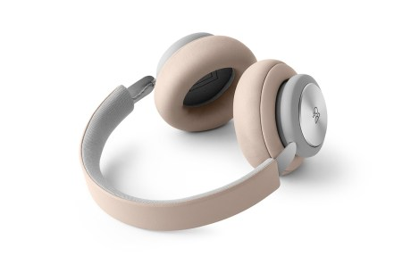 Bang & Olufsen Beoplay H4 - 7