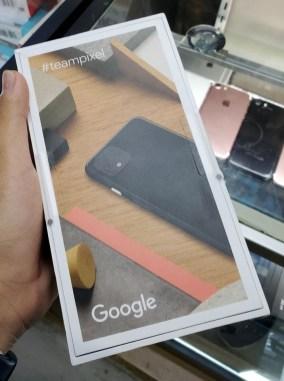 google-pixel4-boite-02