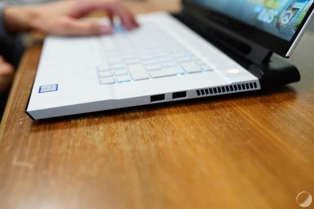 c_Dell Alienware m15 R2 - DSC04390