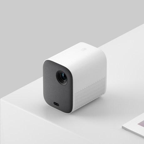 Xiaomi Mi Smart Compact Projector 2