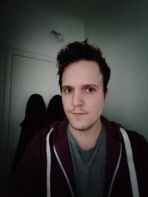 Selfie mode auto du Realme X50 Pro (ultra grand-angle)