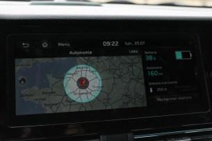 Le système d'info-divertissement du Kia e-Niro // Source: Yann Lethuillier pour Frandroid