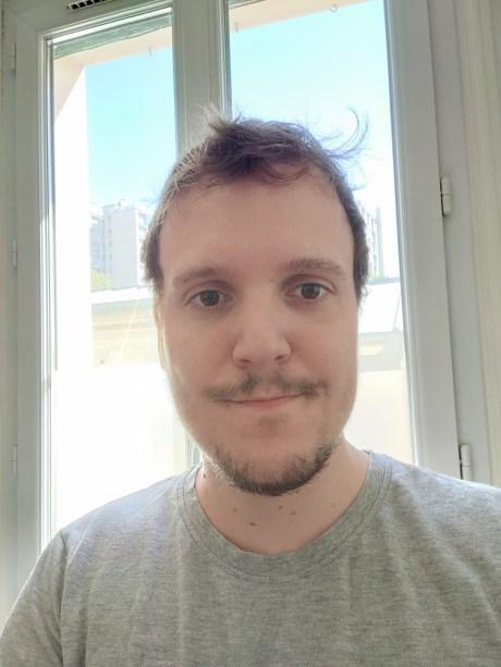 Selfie en mode automatique du Realme X50