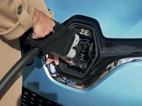 La prise de recharge de la Renault Zoé // Source : Jean-Brice Lemal pour Renault France