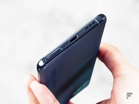 Port USB-C de l'Oppo Find X3 Pro