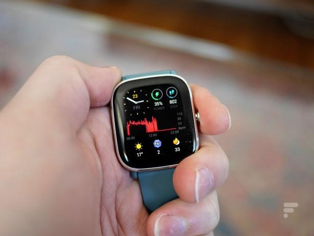 La montre Amazfit GTS 2 Mini // Source : Frandroid