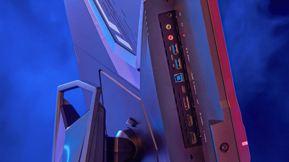 Les connectiques présents sur le côté gauche du AorusFI32U de Gigabyte.