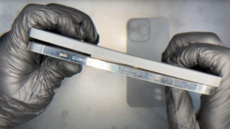 L'iPhone 13 Pro max serait plus épais que l'iPhone 12 Pro max.