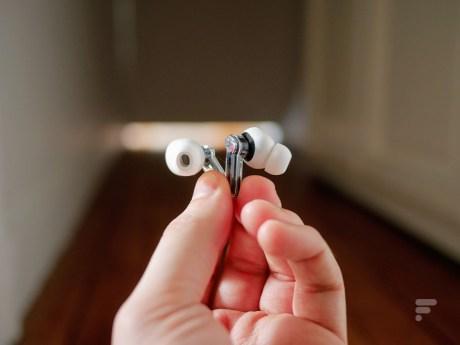 Les écouteurs Nothing Ear 1 sont des écouteurs intra-auriculaires