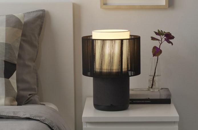 Vous pouvez choisir l'abat-jour de votre lampe Symfonisk // Source : IKEA - Sonos