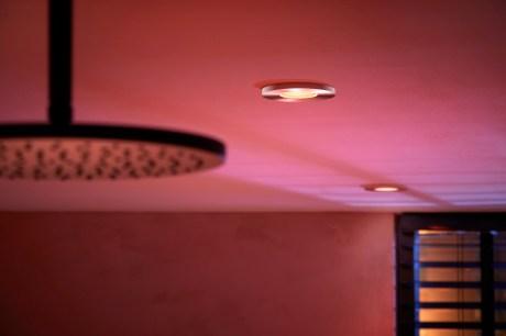 Les spots encastrés Philips Hue Xamento sont adaptés aux salles de bainLes spots encastrés Philips Hue Xamento sont adaptés aux salles de bain