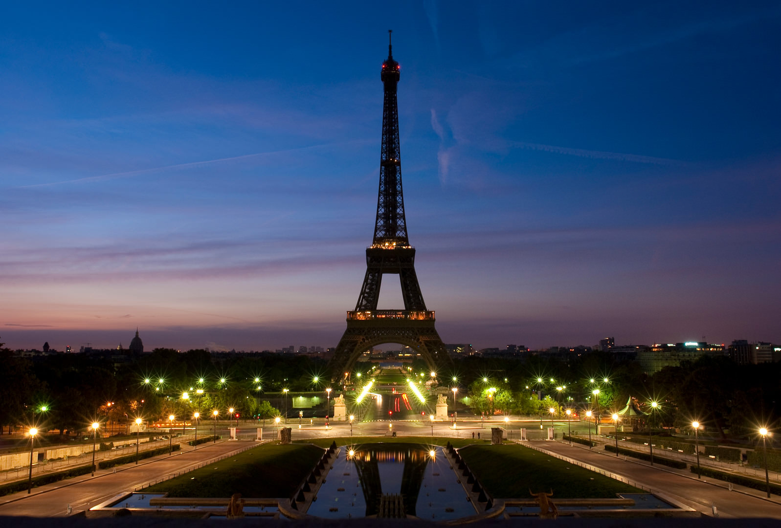 15+ eiffel tower wallpapers, backgrounds, images | freecreatives