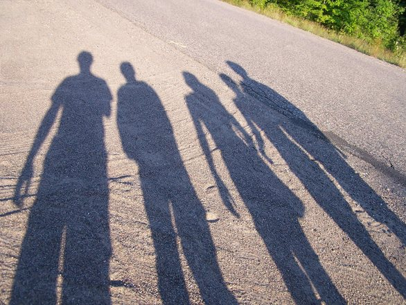 Caminar las sombras