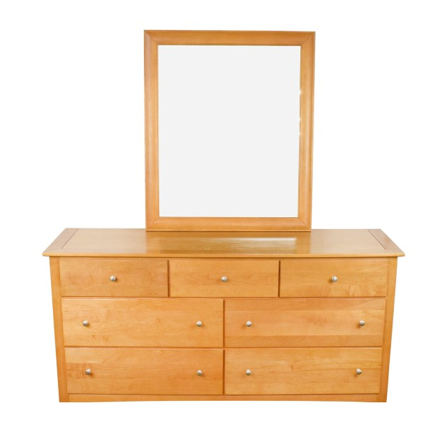 75% OFF Stanley Furniture Stanley Furniture Maple Wood Dresser