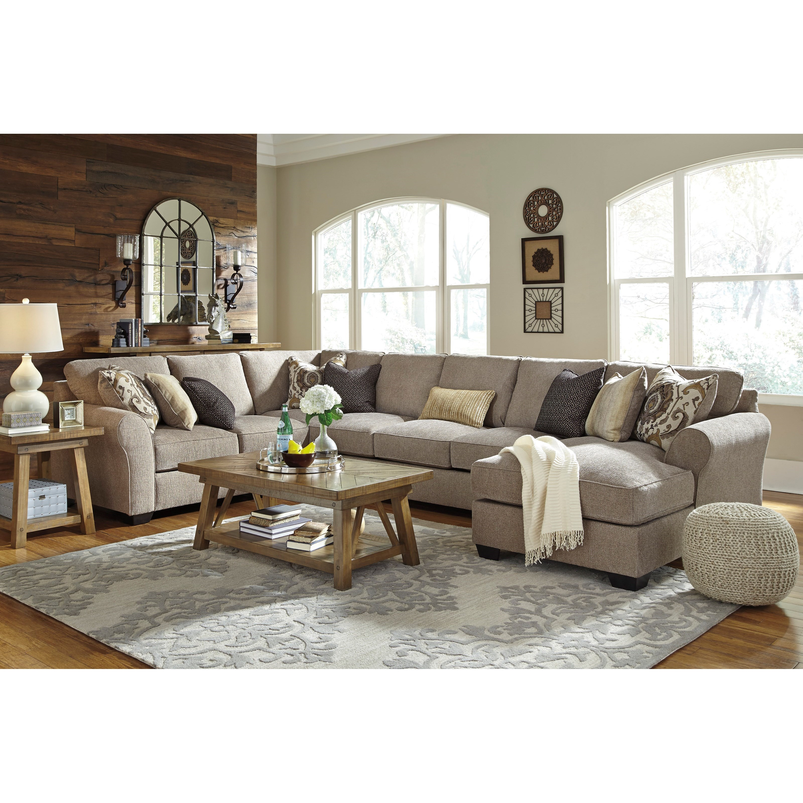 Pantomine 4 Piece Sectional With Right Chaise Amp Armless