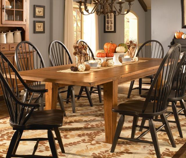 Broyhill Furniture Attic Heirlooms Leg Dining Table Item Number