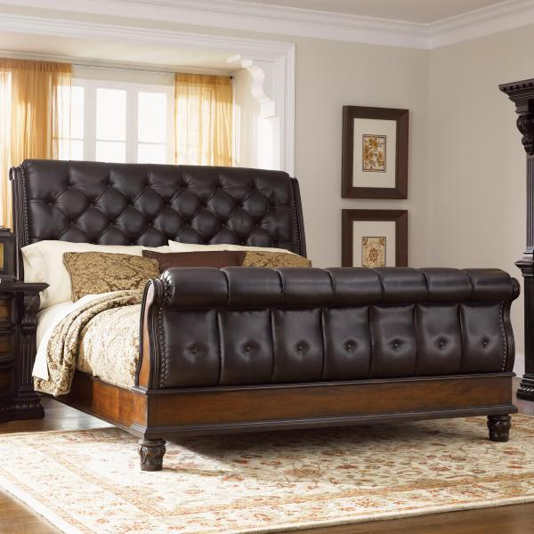 Fairmont Designs Grand Estates King Sleigh Bed w  Leather Upholstery     Fairmont Designs Grand Estates King Sleigh Bed   Item Number  C7002 53 54