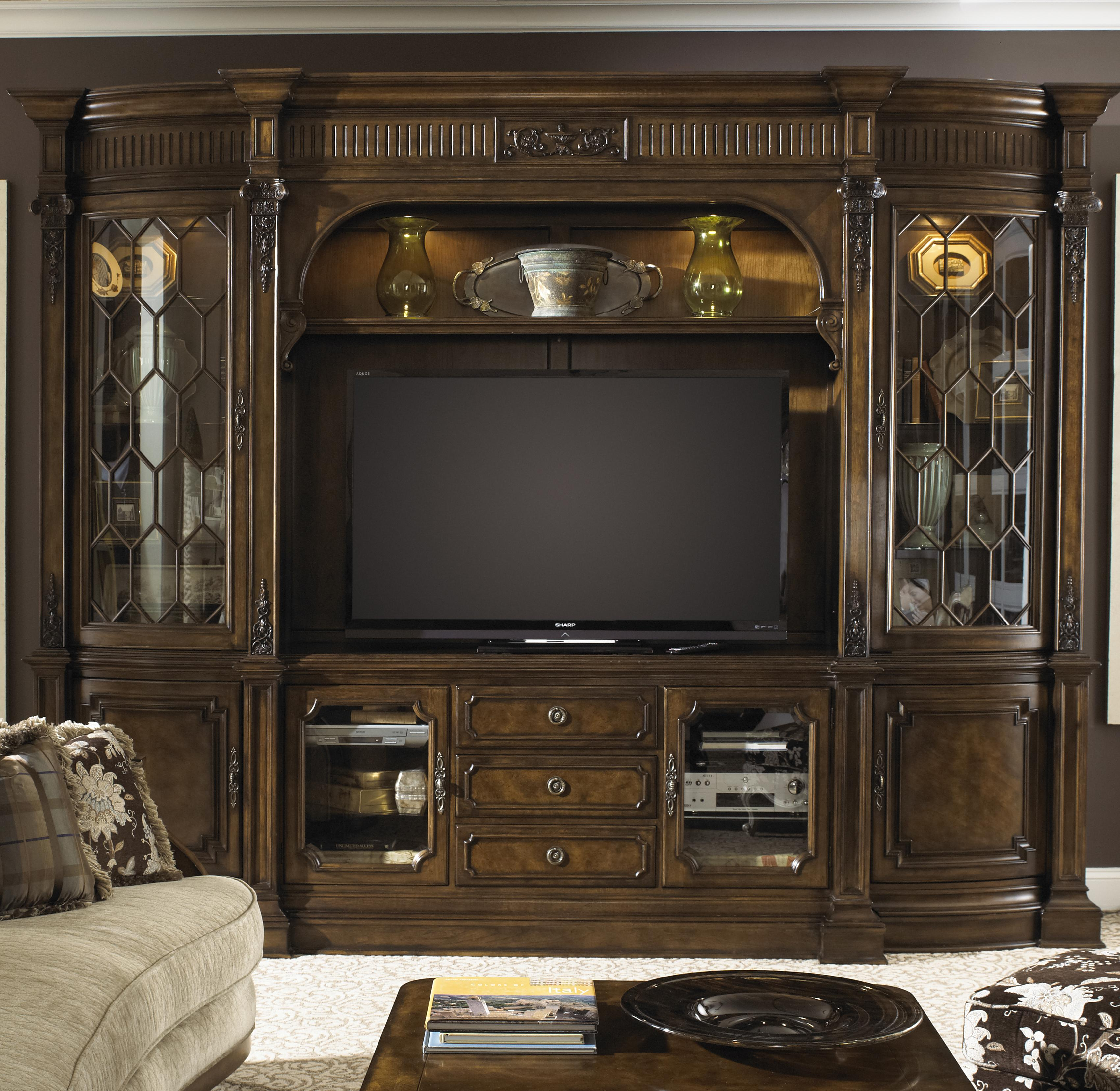 Fine Furniture Design Belvedere Traditional Entertainment