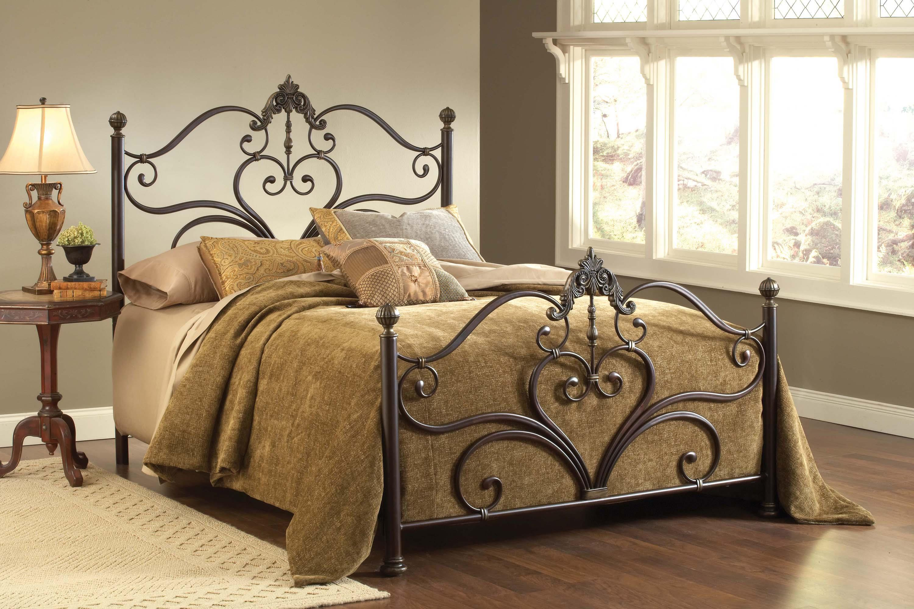 Hillsdale Metal Beds 1756BKR Newton King Bed Set With